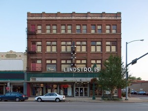 Lindstrom's TV & Appliances  Galesburg, IL
