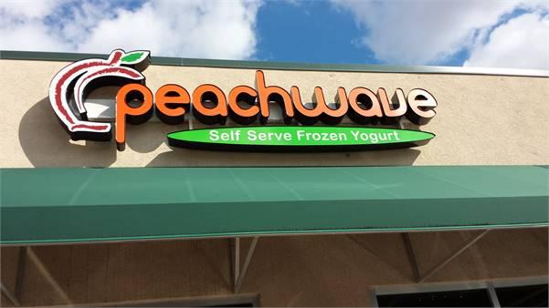 Peachwave Frozen Yogurt